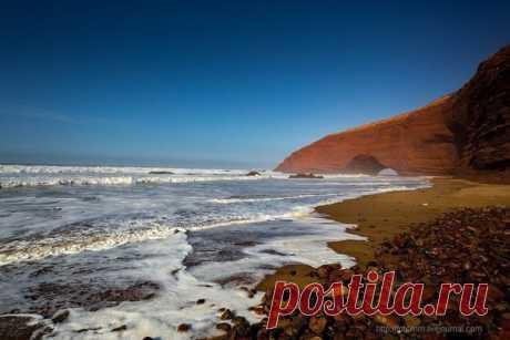 Легзира — живописный пляж, расположенный в 120 км к югу от Агадира в Марокко.