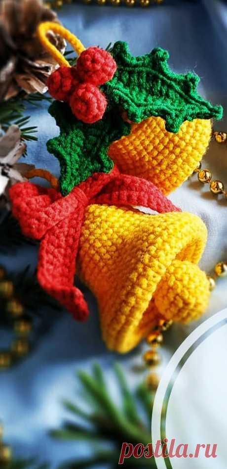 PDF Колокольчик крючком. FREE crochet pattern; Аmigurumi toy patterns. Амигуруми схемы и описания на русском. Вязаные игрушки и поделки своими руками #amimore - колокольчик, колокол, Рождество, Новый год.