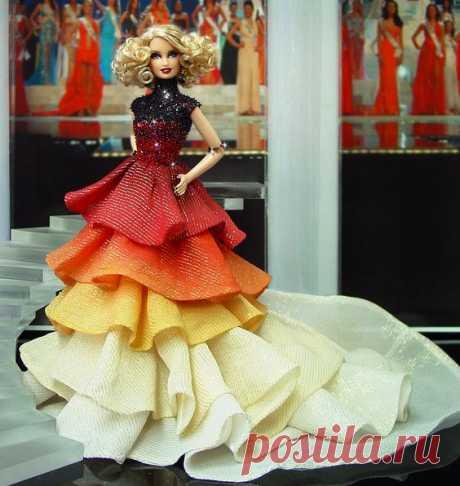 Роскошные платья для кукол. Идеи / IP Neo