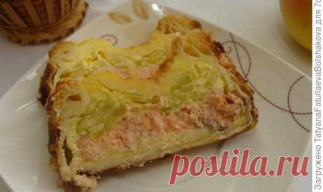 Хрустящий пирог с семгой и кабачками - пошаговый рецепт приготовления с фото