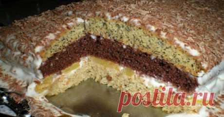 Его называют «Бедный еврей», но богатство начинки этого торта и изобилие вкусов невероятны! Практично и изобретательно — очень по-еврейски.