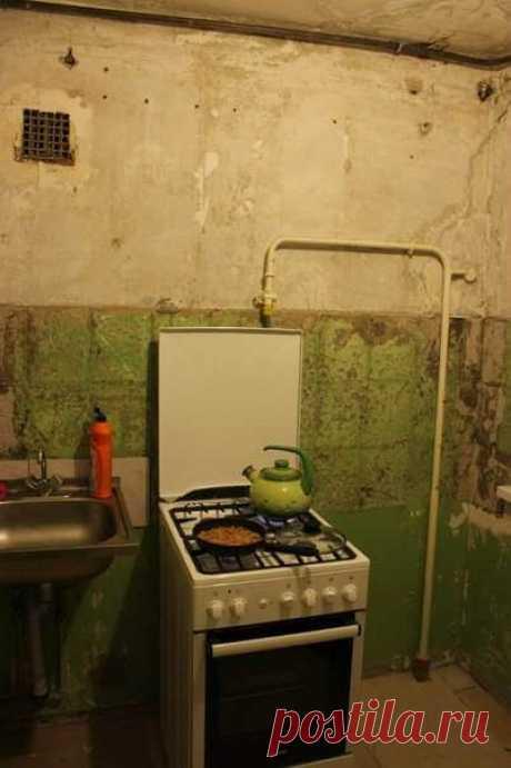 Муж сам отремонтировал эту кухню в 5 кв.м. пока жена гостила у тещи