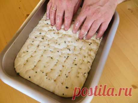 Самый простой домашний хлеб (без вымешивания)