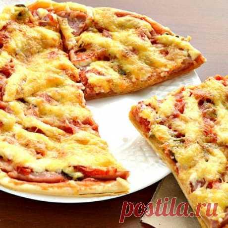 Пицца приготовленная дома - что может быть вкуснее!