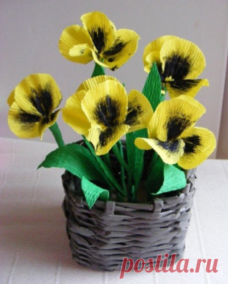 Bouquet of pansies from a crepe paper.