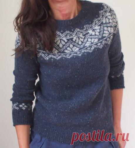 Вязаный спицами свитер Anoushka | ДОМОСЕДКА