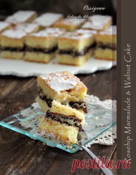 Ossigeno: Песочное пирожное с джемом и грецкими орехами.