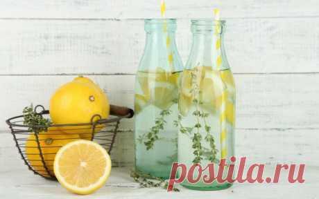 Летний напиток лимонами