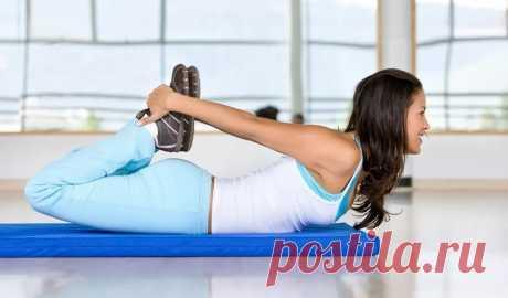 5 упражнений на укрепление поясничных мышц для профилактики болей в спине Для того чтобы устранить боли в спине, часто специалисты рекомендуют выполнять определенные упражнения. Суть такого подхода в том, что при укреплении поясницы, а также мышц пресса, есть возможность полностью устранить неприятные ощущения в спине. Важно правильно выполнять каждый подход и результат не заставит себя ждать. Есть всего 5 упражнений, которые идеально помогут укреплению. Скручивание для …
