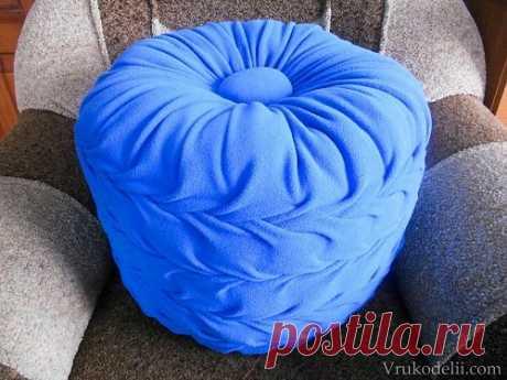 Напольная подушка – пуф.