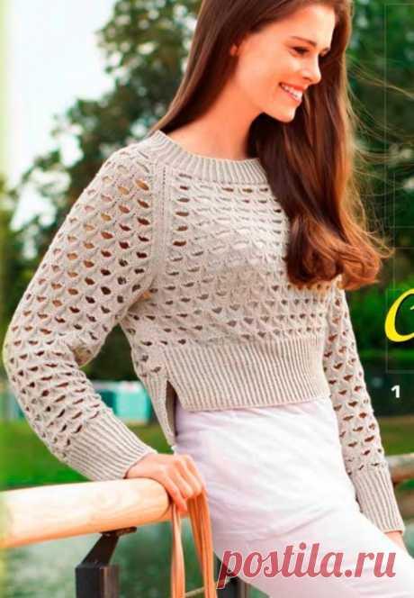 Вязание спицами для женщин Короткий ажурный пуловер.