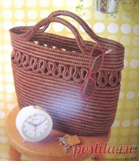La bolsa por el gancho