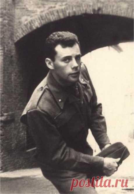 Джорджо Армани, 1954 год.