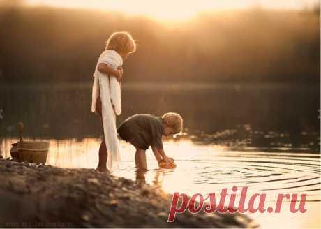 Фотограф Елена Шумилова — мама двух дружных шустрых мальчишек. Ее сыновья и их домашние животные ...