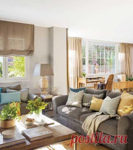 Уютный интерьер большого дома для семьи с тремя детьми