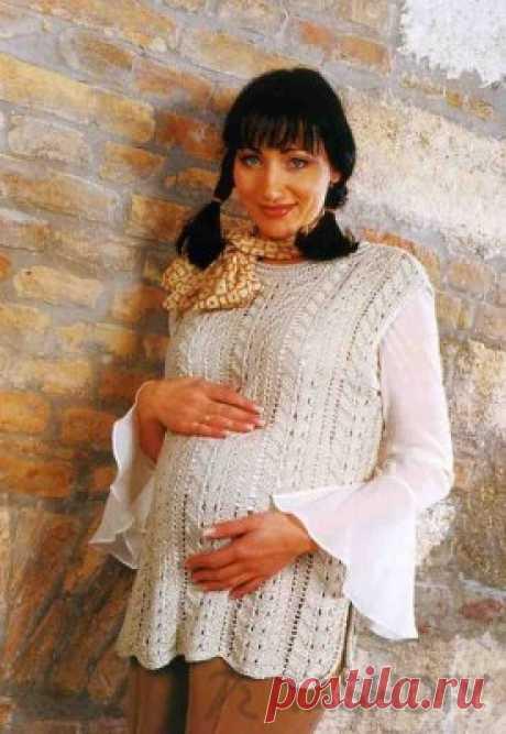 Вязаный пуловер без рукавов для беременных