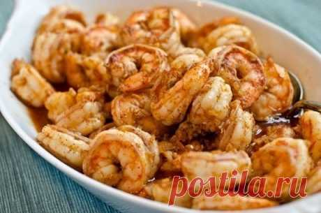 Креветки в маринаде из чеснока, имбиря и чили