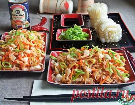 Рисовая лапша с мясом краба и овощами – кулинарный рецепт