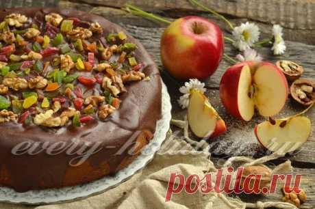 Шарлотка на кефире пышная с яблоками в духовке