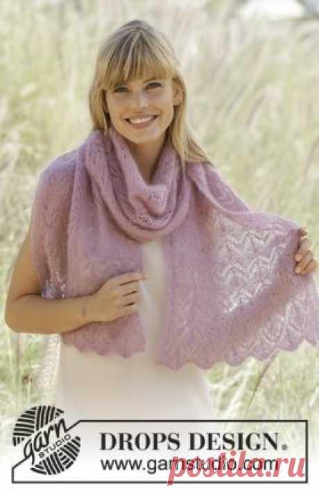 Шарф весенний румянец Легкий шарф спицами, выполненный из воздушной мохеровой пряжи. Шарф состоит из двух одинаковых частей, которые сшиваются в центре невидимым швом...
