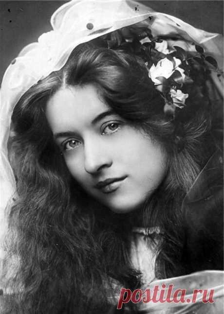 Como escoger al Hombre, los consejos de 1930 \u000d\u000a\u000d\u000a\u000d\u000a\u000d\u000a\u000d\u000aLos consejos y las instrucciones de 1930. Son publicados en Riga, el autor - el profesor Gerling. Como no caer en gomoseka, el alcohólico, el jugador es posible ser etc. el amante excelente, sin servir en los maridos, en los compañeros de la vida. Que …