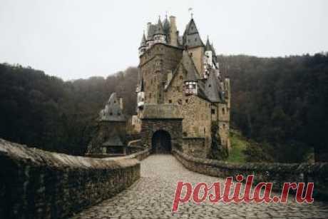 10 самых загадочных и мистических замков в мире » Notagram.ru ТОП-10 самых мистических замков в мире. Загадочные замки с легендами и приведениями. Замки с приведениями на территории Европы. Мистически замки.