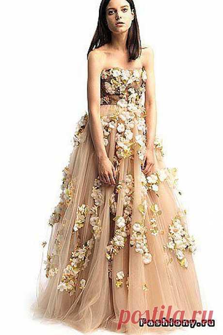 валентино платья: 45 тыс изображений найдено в Яндекс.Картинках