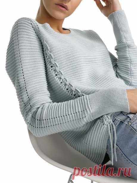 Модные свитера, кофты и джемпера 2017 года на фото. Женские вязанные свитера осень - зима 2017 на фото. Кофты весна - лето 2017 года на фото.