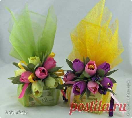 (25) Свит-дизайн 8 марта Дарим подарки красиво Бумага гофрированная фото 1 | Цветы для свитдизайн