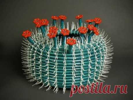 Цветущий кактус из шланга на дачу DIY