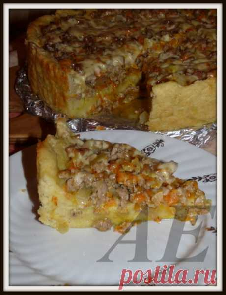 Пирог из картофельного теста.