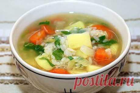 Суп с рисом картофелем и мясом - пошаговые рецепты с фото, видео Суп с рисом картофелем и мясом – полезное блюдо для всей семьи. Простой рецепт с фото вкусного лакомства для детей. Суп без дополнительного соуса на курином бульоне. Рекомендации и советы.