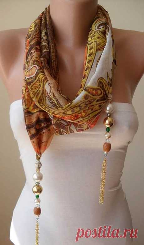 Necklace from scarfs and kerchiefs: fashionably and stylishly