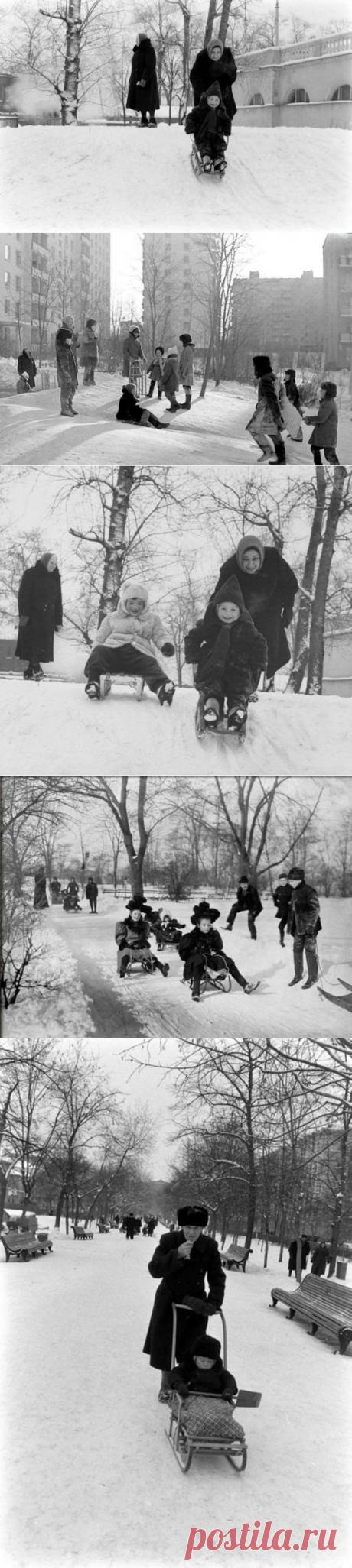 Зимние каникулы советских школьников / Назад в СССР / Back in USSR