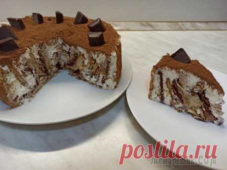 """Торт без выпечки """"Любимчик"""". Очень простой рецепт торта из печенья Всем привет! Предлагаю приготовить творожный торт без выпечки из печенья """"Любимчик"""". Готовится настолько просто, что возможно станет и вашим любимчиком на долгое время! Получается нежный, вкусный десе..."""