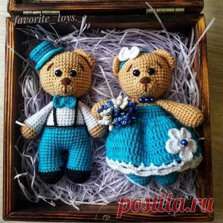 Пара вязаных мишек амигуруми | Hi Amigurumi