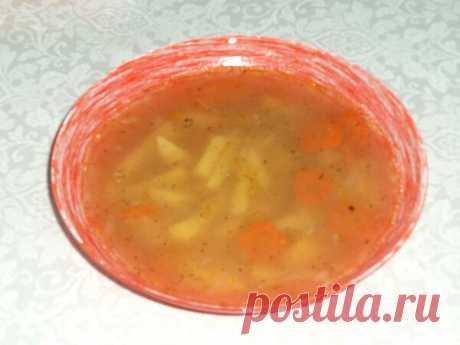 Рыбный суп с сельдереем: легкое первое блюдо в мультиварке