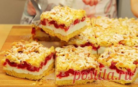 Рецепт песочного малинового пирога с воздушной и нежной белковой прослойкой