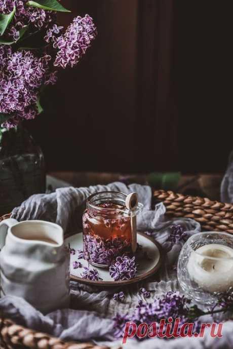 Тёплый чай, уютная атмосфера и прекрасное творческое настроение, вот, что нужно для полного счастья.