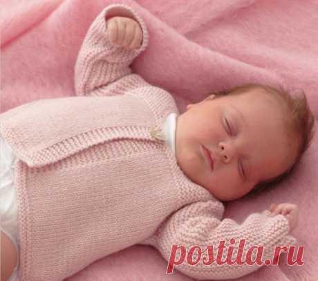 Вязаная кофточка для новорожденного, вяжем спицами