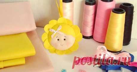 Flor baby em feltro com molde para imprimir  Flor baby em feltro com molde para imprimir    Baixar molde para fazer florzinhas em feltro para enfeites e lembrancinhas para festa infant...