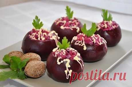 How to prepare the beet stuffed with herring salad - the recipe, ingredients and photos