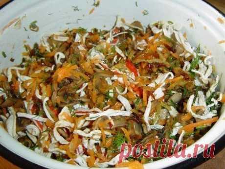 Прелестный «Необыкновенный» салат с хрустящими крабовыми палочками