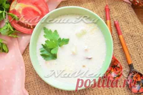 Суп с копченой курицей и плавленным сыром, рецепт с фото