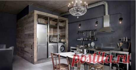 Маленькая прямая кухня-гостиная в стиле лофт с открытыми фасадами, фасадами из нержавеющей стали, столешницей из нержавеющей стали