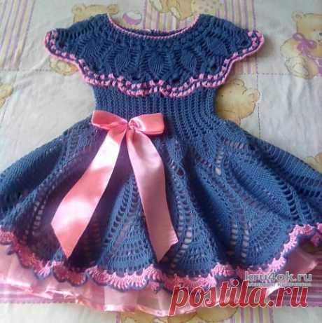 Вязанное крючком платье для девочки. Работа Оксаны
