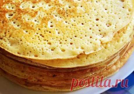Нажмите на картинку, чтобы увидеть полный рецепт Если вместо молока в тесто добавить кефир, блины выйдут пышными и будут иметь приятную пористую текстуру.