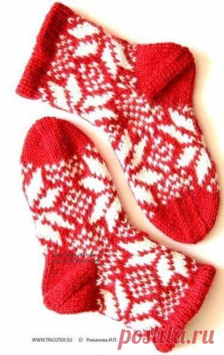 Носочки  Вам потребуется: пряжа ALPAKA islandia (100 % шерсти; 75м/50г) - красного и белого цветов, по 100г; чулочные спицы № 3,5. нажмите, чтобы увеличить Носки.Размер 35 (модель 27)  Двойное вязание: вязание по кругу: 1-й р.: изнаночные петли провязывать изнаночными, лицевые петли снимать, как при изнаночном вязании, нить за петлей. 2-й р.: лицевые петли провязывать лицевыми, изнаночные петли снимать, как при изнаночном вязании, нить перед петлей. Лицевая гладь: вязание ...