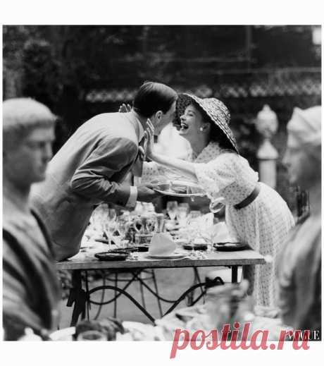 Vogue june 1957  Photo Tony Armstrong Jones
