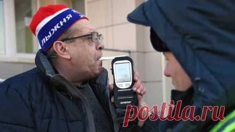 Водителей проверят на хронический алкоголизм - Новости Mail.ru